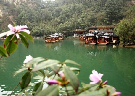 春色蕩漾寶峰湖