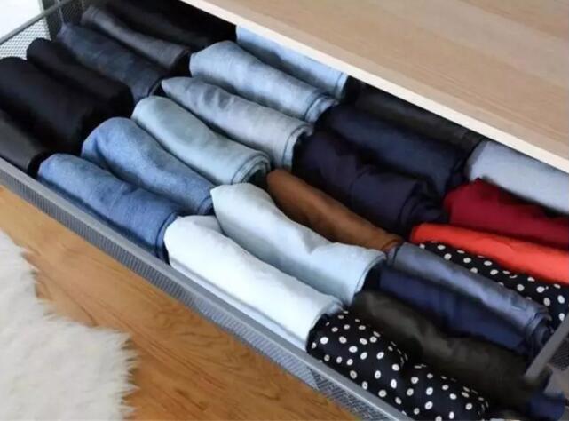 又到換季的時候了!這樣收納冬季厚衣服更省空間