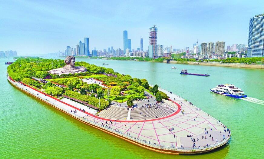 湘江:水清岸綠入畫來