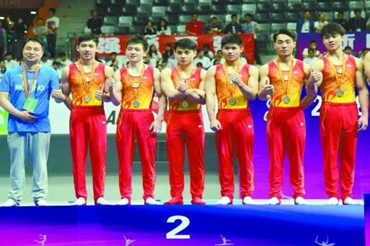 湖南体操男队力夺男团亚军